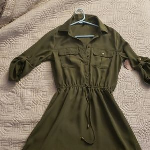 Army green short dress with cuff sleeves NWT